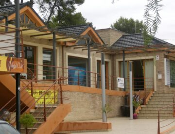 Centro Comercial en La Cañada
